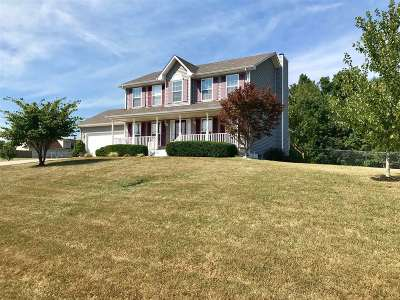 Elizabethtown Single Family Home For Sale: 491 Arlington Drive