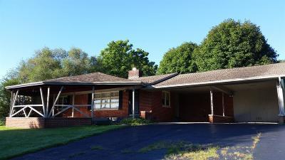 London Single Family Home For Sale: 2379 N Laurel Road