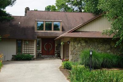 Georgetown Single Family Home For Sale: 104 Creekside Drive