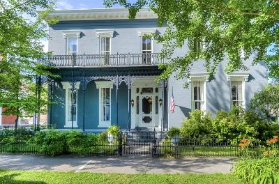 Frankfort Single Family Home For Sale: 407 W Main St