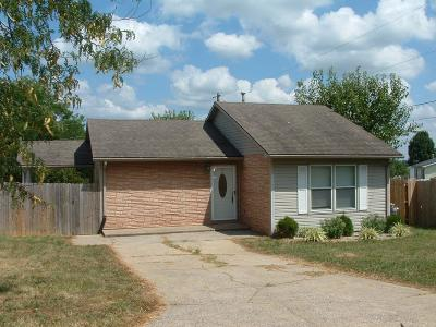 Winchester Single Family Home For Sale: 10 Pocahontas Trail