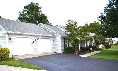 Harrodsburg Single Family Home For Sale: 665 Pleasant Hill Drive