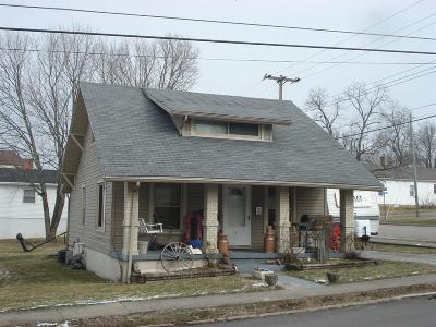 Cynthiana Single Family Home For Sale: 450 East Pleasant Street