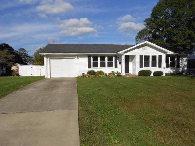 Lawrenceburg Single Family Home For Sale: 111 Park Lane