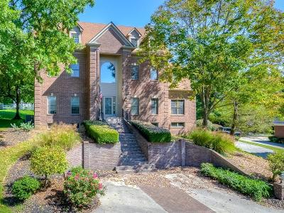 Single Family Home For Sale: 3517 Castlegate Wynd