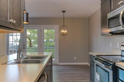 Frankfort Condo/Townhouse For Sale: 333 E Fourth Street #C10