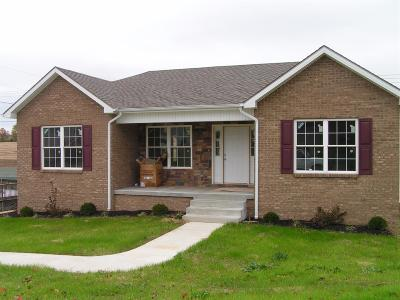 Lawrenceburg Single Family Home For Sale: 2005 Nathan Way