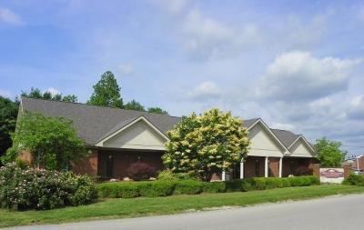 Anderson County, Fayette County, Franklin County, Henry County, Scott County, Shelby County, Woodford County Commercial For Sale: 630 Comanche Trail