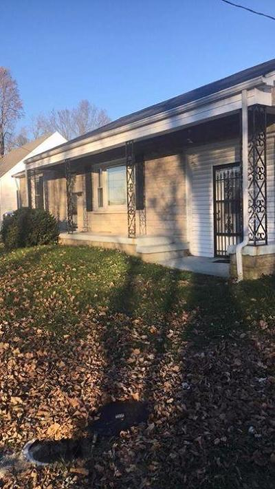 Lancaster Single Family Home For Sale: 104 Price Court