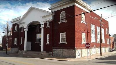 Anderson County, Fayette County, Franklin County, Henry County, Scott County, Shelby County, Woodford County Commercial For Sale: 530 N Martin Luther King Boulevard