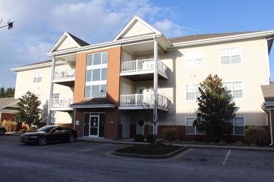 Lexington Condo/Townhouse For Sale: 4205 Reserve Road #303