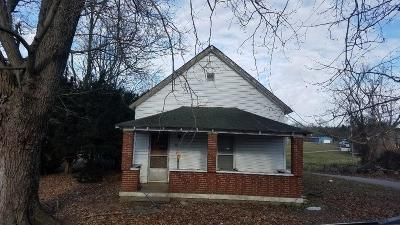 Harrodsburg Single Family Home For Sale: 4513 Cornishville Road