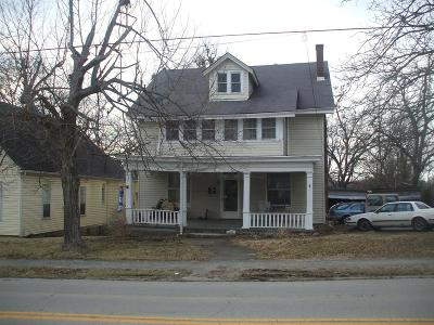 Winchester Single Family Home For Sale: 290 S Main Street