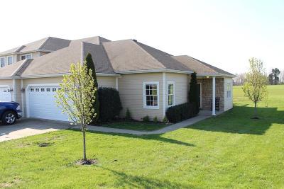 Lancaster Single Family Home For Sale: 107 Villa Drive