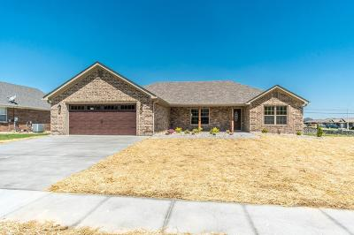 Berea Single Family Home For Sale: 1000 Burnell Drive