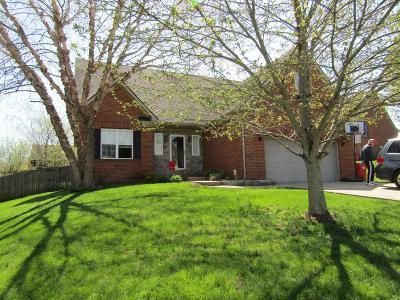 Frankfort Single Family Home For Sale: 702 Martha Lane