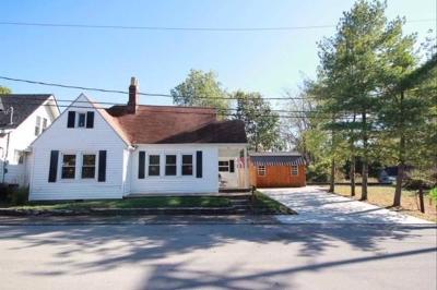 Paris Single Family Home For Sale: 222 Mt Airy Avenue