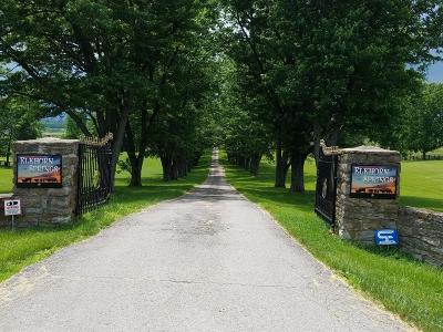Anderson County, Fayette County, Franklin County, Henry County, Scott County, Shelby County, Woodford County Farm For Sale: 1409 Woodlake Road