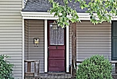 Carlisle Single Family Home For Sale: 214 Sycamore Street