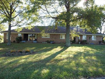 Anderson County, Fayette County, Franklin County, Henry County, Scott County, Shelby County, Woodford County Farm For Sale: 3634 W Frankfort Road