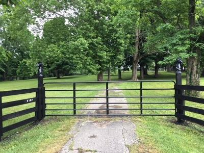 Anderson County, Fayette County, Franklin County, Henry County, Scott County, Shelby County, Woodford County Farm For Sale: 3105 Paris Pike