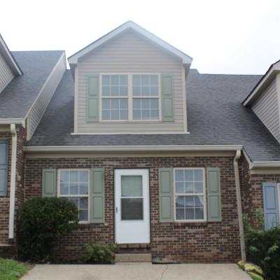 Nicholasville Single Family Home For Sale: 127 May Court