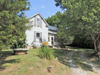 Frankfort Single Family Home For Sale: 10 Jones Lane