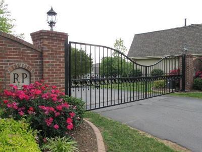 Lexington Condo/Townhouse For Sale: 157 Regency Point Path