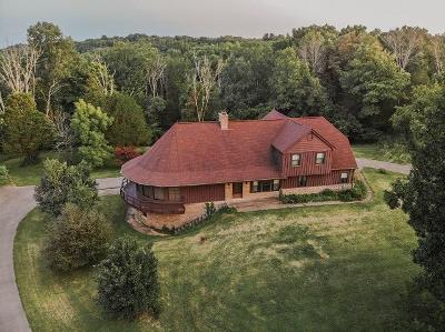 Anderson County, Fayette County, Franklin County, Henry County, Scott County, Shelby County, Woodford County Farm For Sale: 1051 Maddox Lane