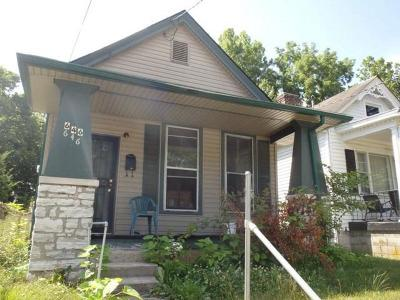 Single Family Home For Sale: 646 N Upper