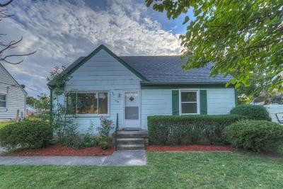 Single Family Home For Sale: 422 St Anthony Drive