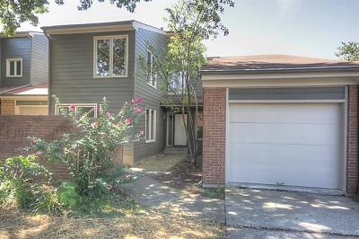 Lexington Single Family Home For Sale: 2140 Ft Harrods Drive #23