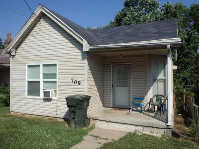 Single Family Home For Sale: 709 Magoffin Street