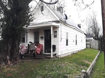 Lexington Single Family Home For Sale: 200 Race Street