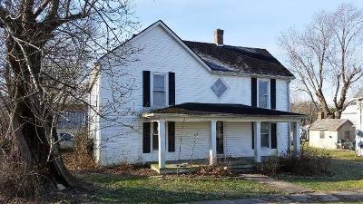 Harrodsburg Single Family Home For Sale: 4530 Cornishville Road