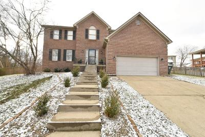 Single Family Home For Sale: 4005 Creekwater Circle