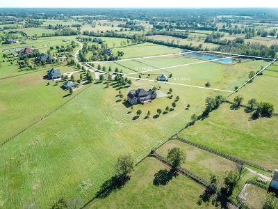 Anderson County, Fayette County, Franklin County, Henry County, Scott County, Shelby County, Woodford County Farm For Sale: 1800 Sahalee Drive