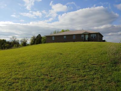 Harrodsburg Single Family Home For Sale: 5243 Cornishville Road
