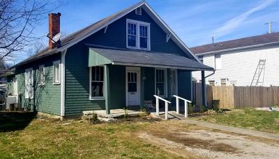 Frankfort Single Family Home For Sale: 922 Holmes
