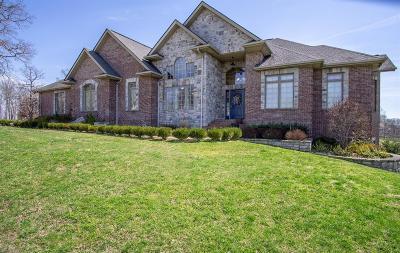 London Single Family Home For Sale: 261 Oakwood Drive