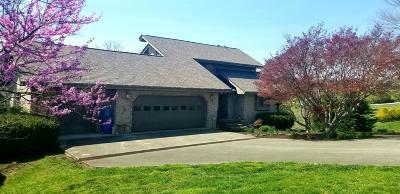 London Single Family Home For Sale: 386 Cedar Ridge
