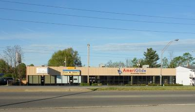 Anderson County, Fayette County, Franklin County, Henry County, Scott County, Shelby County, Woodford County Commercial For Sale: 487 E New Circle Road