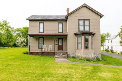 Harrodsburg Single Family Home For Sale: 526 Cane Run Street