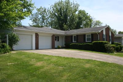 Frankfort Single Family Home For Sale: 915 Crosshill Drive