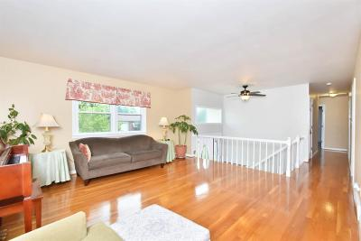 Single Family Home For Sale: 620 Cardiff Lane