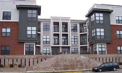 Lexington Condo/Townhouse For Sale: 250 S Martin Luther King Boulevard #215