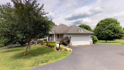 Lancaster Single Family Home For Sale: 803 N Homestead Lane