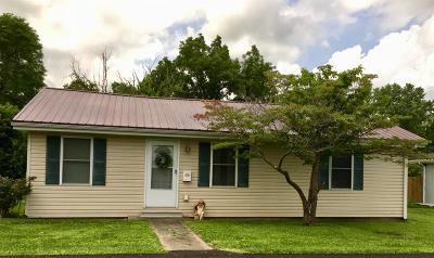 Lawrenceburg Single Family Home For Sale: 103 E Broadway