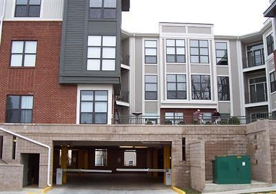 Lexington Condo/Townhouse For Sale: 250 S Martin Luther King Boulevard #103