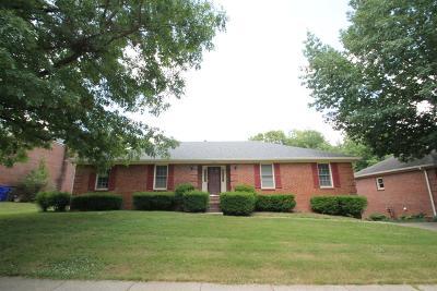 Lexington Single Family Home For Sale: 2460 Woodfield Circle